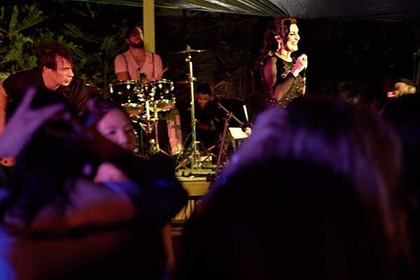 Karen Linker Performing Events in Hong Kong & Worlwide
